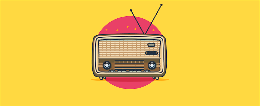 Vintage radio - header image for the 9 customer channels – strengths and weaknesses